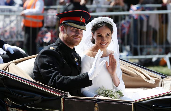 Фото №2 - 104 недели в браке, которые изменили Сассексов: от жизни в королевской семье до побега в Голливуд
