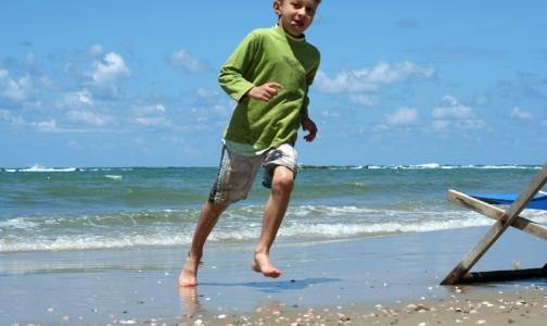 Фото №1 - Солнечный ожог в детстве может стать причиной меланомы в старости