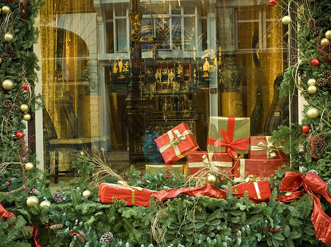 Фото №1 - Самое время: 6 лучших направлений для новогоднего шопинга