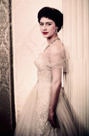 Фото №11 - Стиль принцессы Маргарет: главные модные уроки от сестры Елизаветы II
