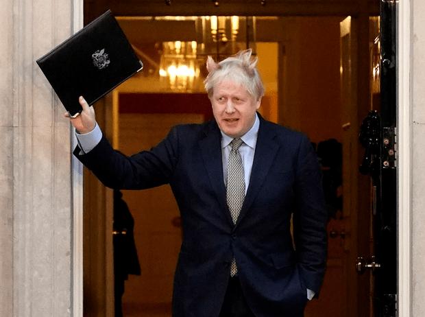 Фото №1 - Как триумф Бориса Джонсона на выборах повлияет на Brexit, Британию и королевскую семью