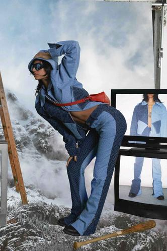 Фото №27 - Самые модные джинсы осени и зимы 2021/22