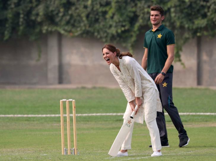 Фото №2 - По стопам Дианы: Кембриджcкие отправились в госпиталь Лахора