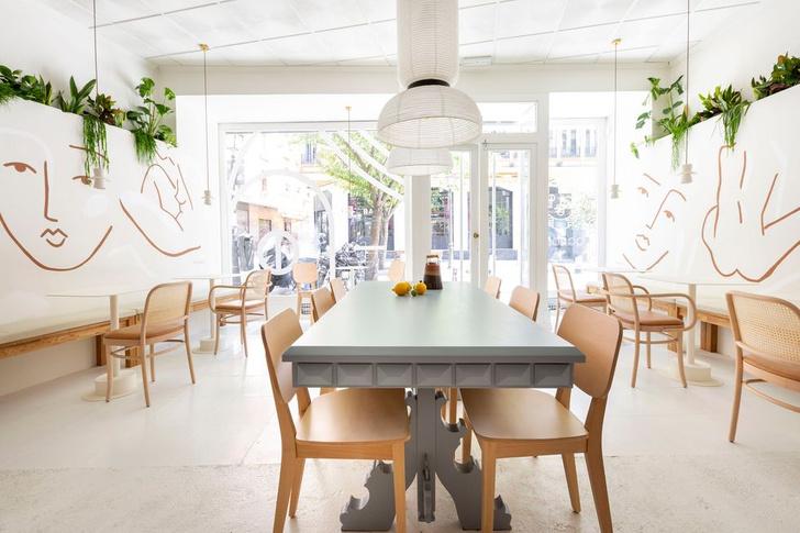 Фото №2 - Демократичная кофейня Agrado Café в Мадриде