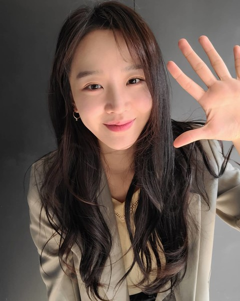 Фото №8 - Pretty Unnie: Самые интересные подробности о шикарной «Королеве Чорин» Щин Хе Сон 👸🏻