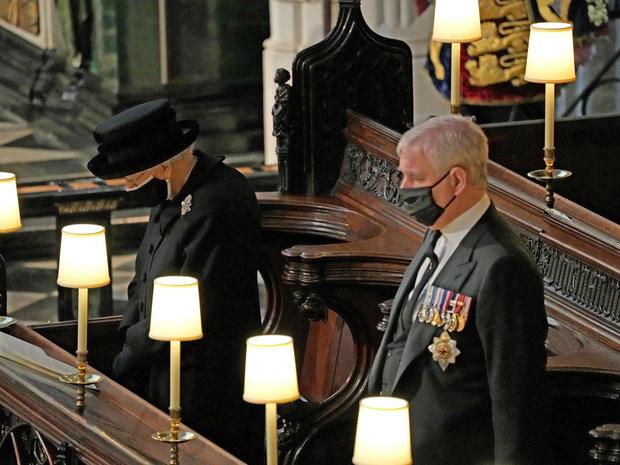 Фото №2 - Для одних трагедия, для других— возможность: как Эндрю надеялся использовать смерть принца Филиппа