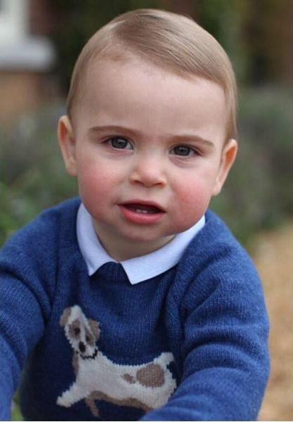 Фото №7 - Перепачканный и счастливый: принцу Луи исполнился годик