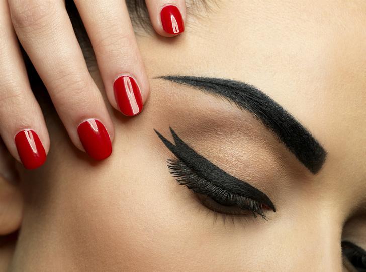 Фото №8 - Какие бьюти-ошибки могут быть полезны для макияжа