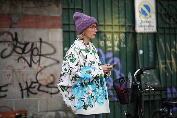 Фото №1 - Береги ушки: 10 шапок, которые спасут тебя этой зимой