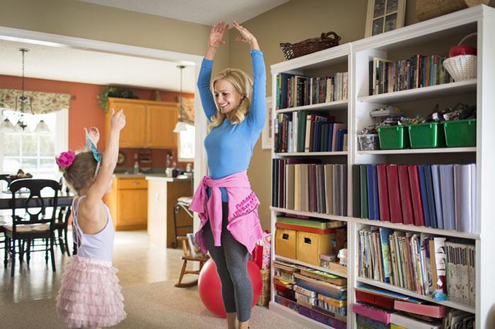 Фото №2 - Простая и полезная зарядка для всей семьи