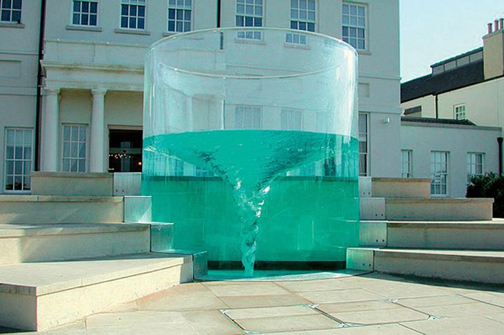 Фото №19 - 21 самый необычный фонтан мира