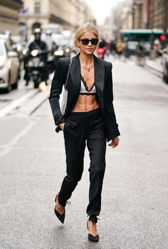 Фото №9 - С чем носить черный пиджак: 8 нескучных идей