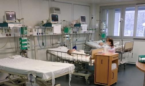 Фото №1 - Сердце билось с частотой 28 ударов в минуту. Петербургские врачи спасли ребенка с тяжелым постковидным синдромом