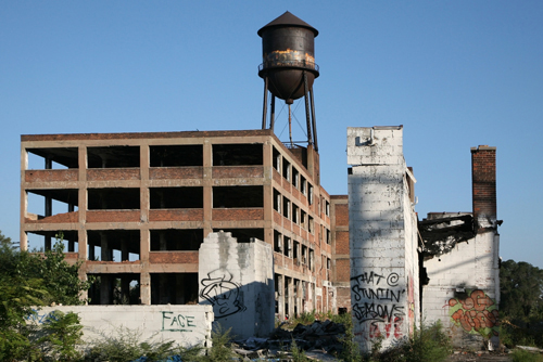 Фото №2 - Агония ржавых руин: как Детройт из великого города превратился в великую помойку