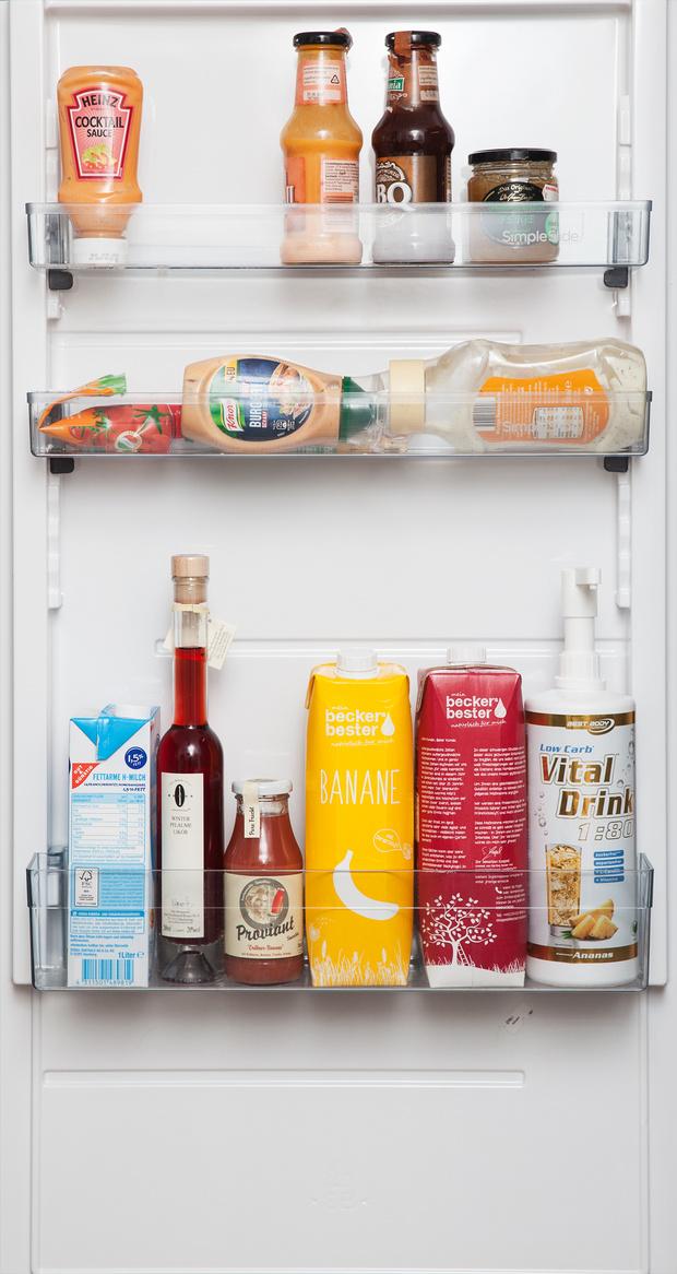 Фото №9 - Что лежит в холодильнике у жителей разных стран: 54 любознательных фото