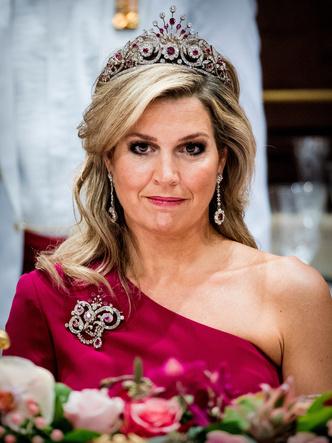 Фото №12 - Самые роскошные и любимые тиары королевы Максимы