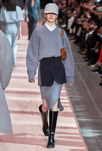 Фото №10 - Как носить баски и широкие пояса (и где искать самые модные)
