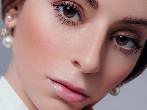 Фото №1 - Как повторить летний макияж в стиле Dior (инструкция прилагается)
