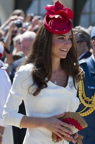 Фото №34 - Драгоценности герцогини: любимые ювелирные бренды Кейт Миддлтон