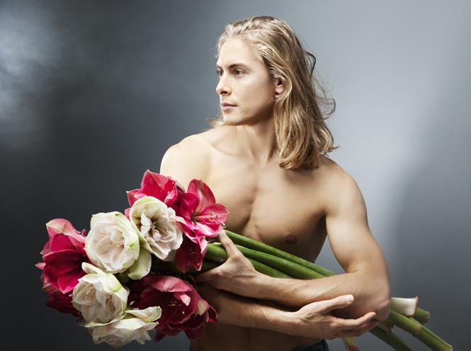 Фото №1 - Бог Флоры: лучшие цветочные ароматы для мужчин