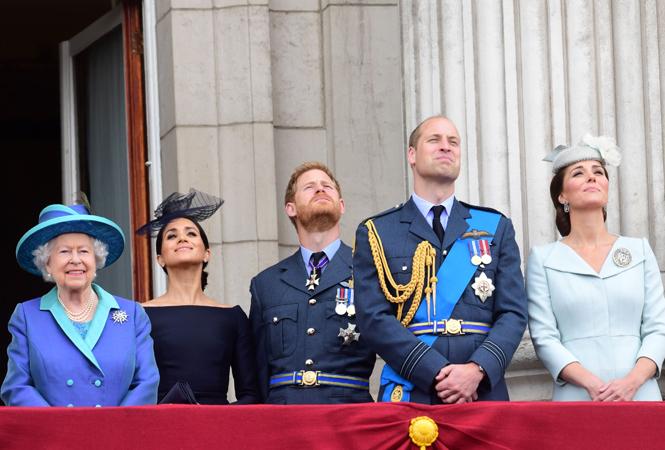 Фото №3 - Почему Елизавета II отказала Гарри и Меган в «полной независимости»