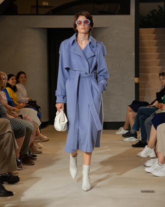 Фото №2 - Лыжные комбинезоны и идеальная верхняя одежда для зимы в коллекции Shi-Shi