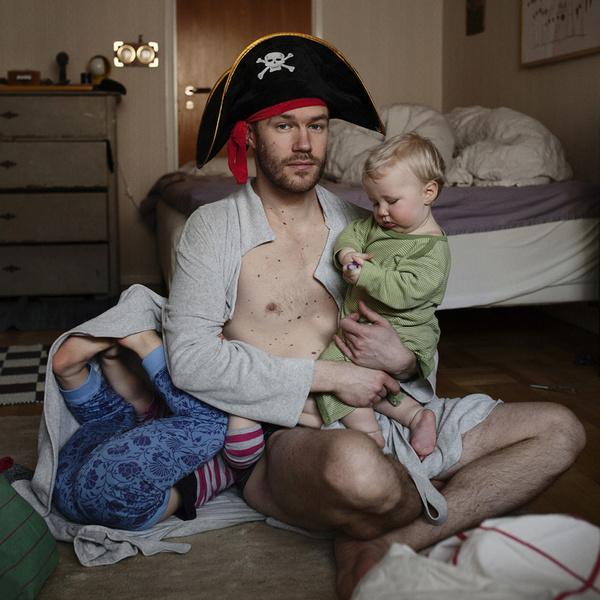 Фото №4 - Чем занимаются шведские мужчины в декретном отпуске