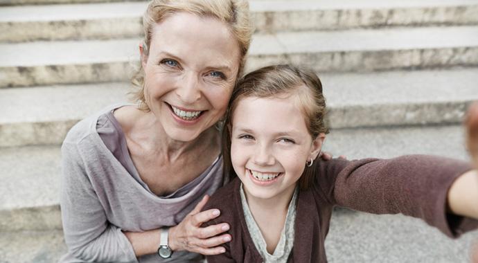 (Не)молодые родители: можно ли продлить молодость с помощью детей?