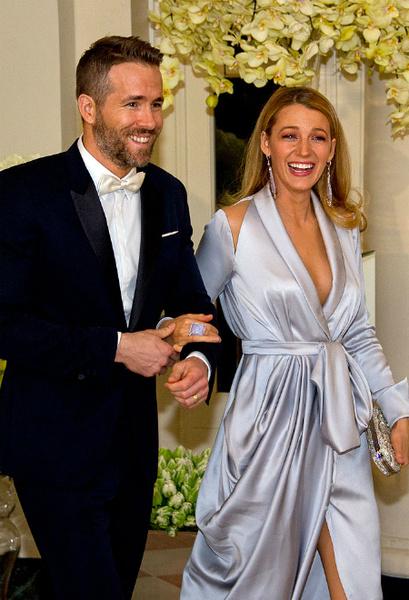 Фото №1 - Лайвли и Рейнольдс разводятся после рождения второго ребенка