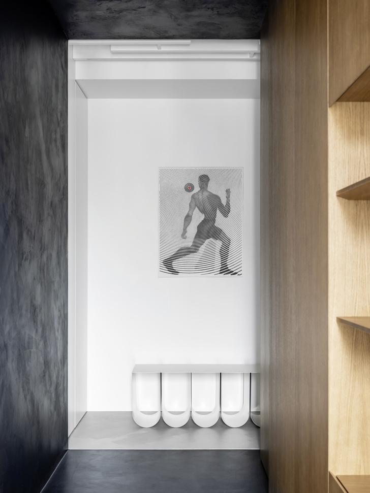 Фото №3 - Минималистская квартира для любителей русского авангарда в Москве