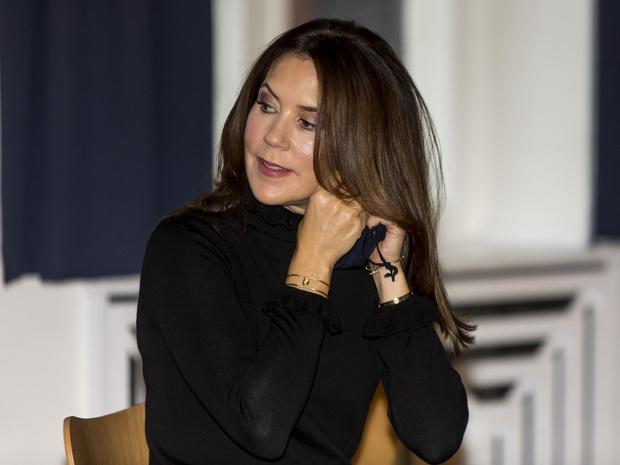 Фото №5 - Всегда безупречная принцесса: секреты красоты «датской Кейт Миддлтон»