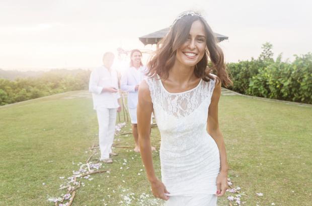 Фото №1 - 50 свадебных платьев, на которые можно любоваться вечно