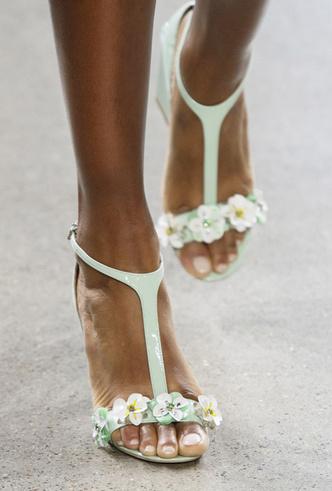Фото №6 - Самая модная обувь весны и лета 2019