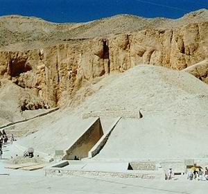 Фото №1 - Гробницу Тутанхамона увидят не все