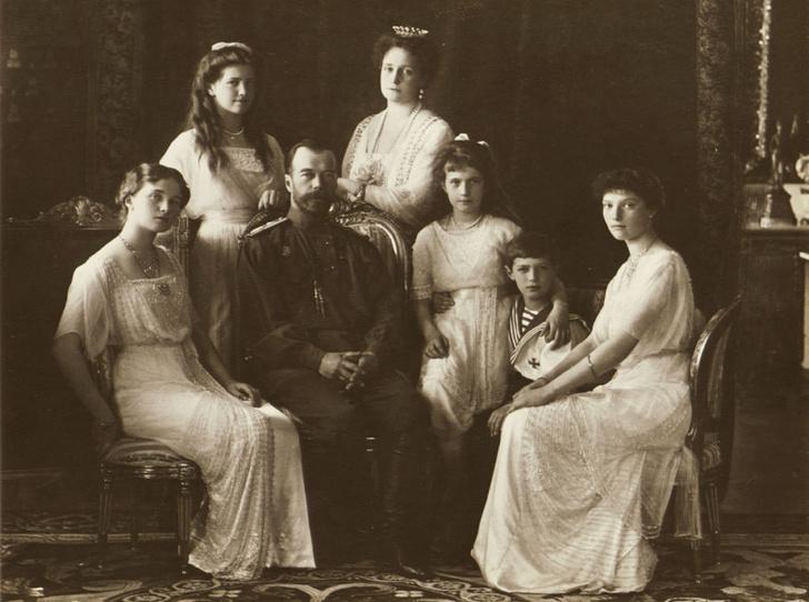 Фото №2 - Четыре сестры: какими были дочери последнего российского императора Николая II