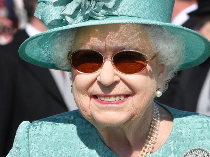 Фото №6 - Королева красоты: бьюти-правила Елизаветы II