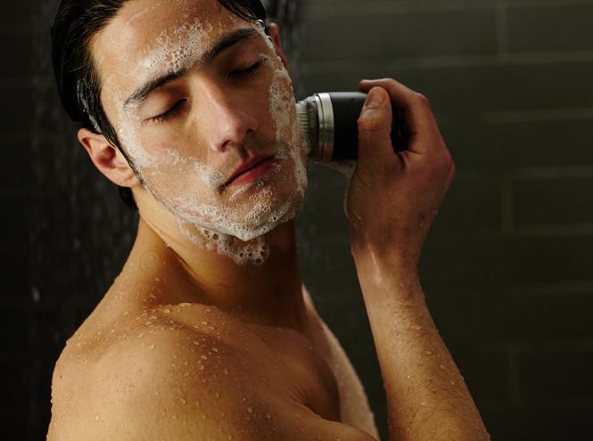 Фото №3 - Новинка от Clarisonic: компактные аппараты для очищения лица Mia Fit и Alpha Fit