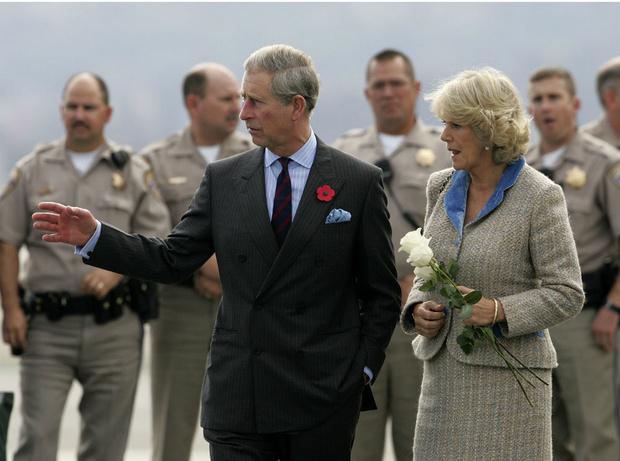 Фото №1 - Почему герцогиня Камилла не любит путешествовать с принцем Чарльзом