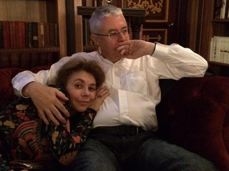 <p>Напомним, отец девочки Игорь Малашенко скончался год назад</p>