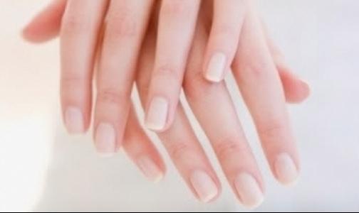 Фото №1 - Как поставить диагноз по цвету и форме ногтей