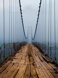 Фото №1 - Тест: Выбери мост, и мы скажем, куда он тебя приведет