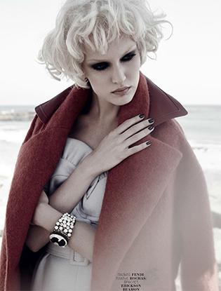Фото №1 - Видео: бекстейдж со съемок лучших пальто сезона для Marie Claire