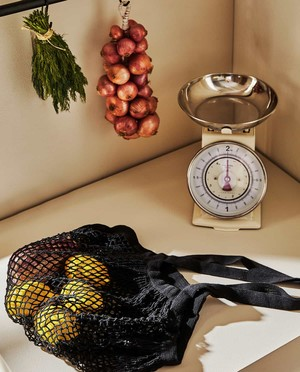 Фото №17 - ELLE Decoration шопинг: уютный декор для дачи