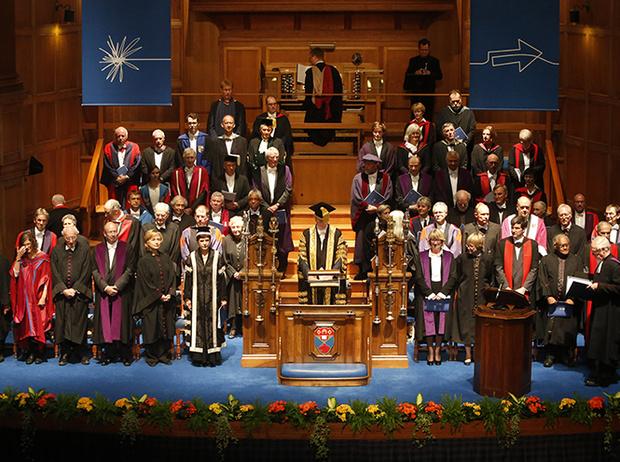 Фото №16 - Где учились принц Уильям, Кейт Миддлтон и Амелия Виндзор: лучшие британские университеты (часть 2)
