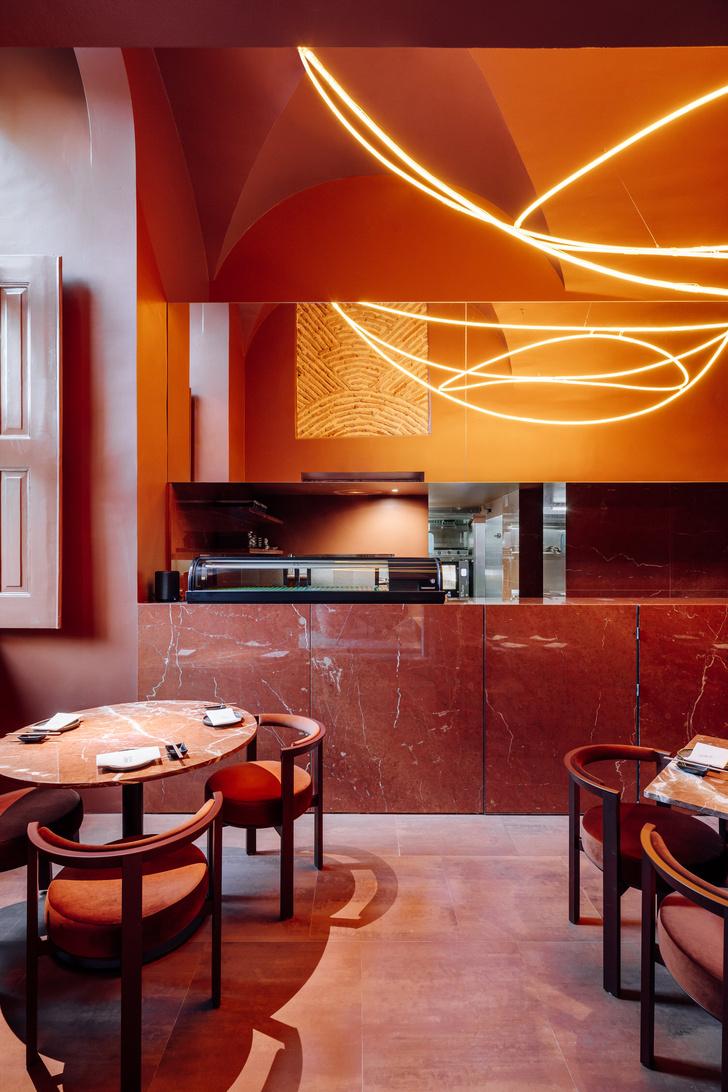Фото №5 - Ресторан Nómada в терракотовых тонах