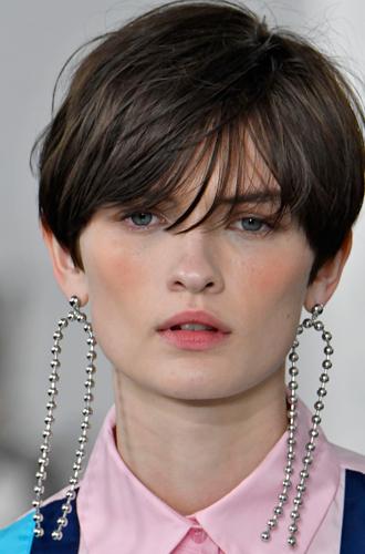 Фото №34 - Самый весенний макияж: вспоминаем, что такое дрейпинг (и как его делать)