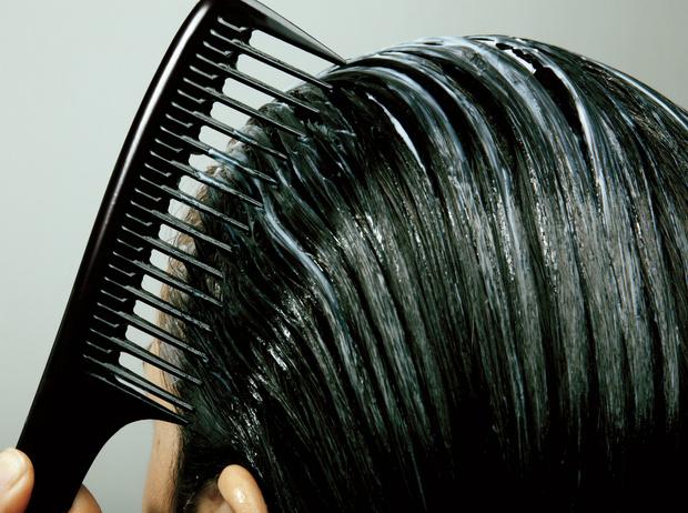 Фото №3 - 5 вещей, которые нельзя делать с мокрыми волосами