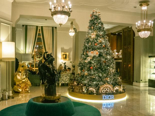 Фото №5 - Новый год в отеле «Астория»: праздник, который мы заслужили