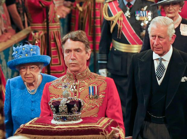 Фото №6 - «Проект 70»: Принц Чарльз планирует узурпировать королевскую власть?
