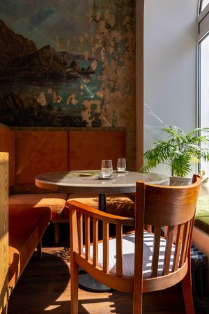 Фото №11 - Ресторан «Цех» с фресками советской эпохи во Владивостоке